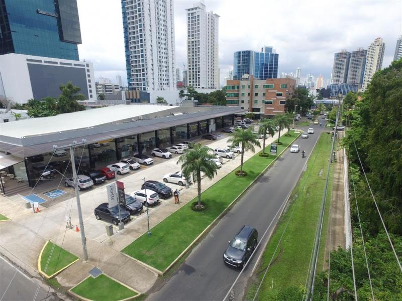 Local en Obarrio, Centromall