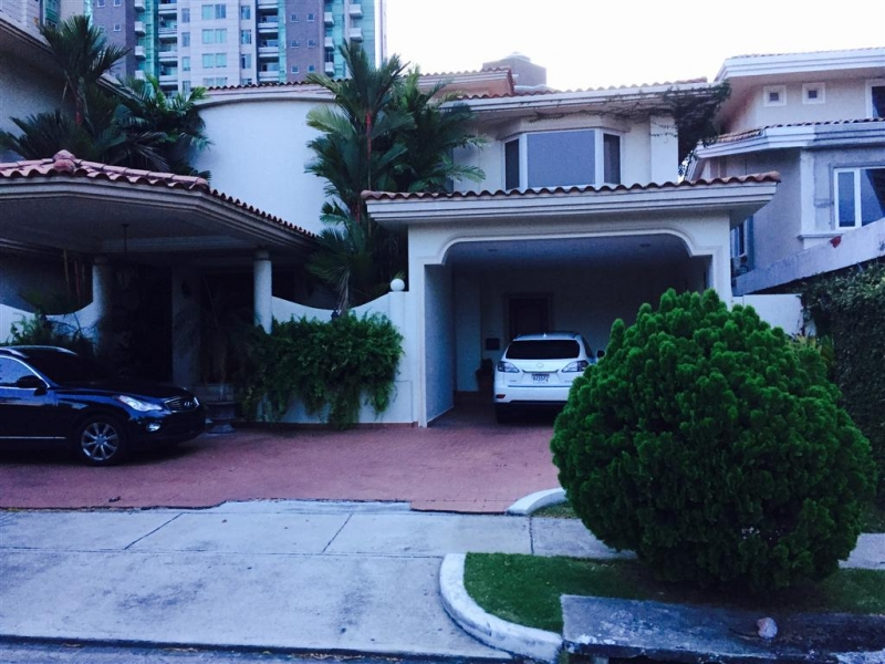Casa en Gold Point en Punta Pacífica