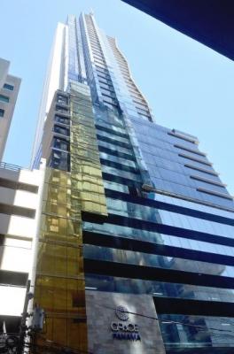 Alquiler de oficina en P.H Twist Tower