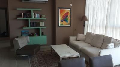 Apartamento en Alquiler Amoblado Cerca de Costa del Este