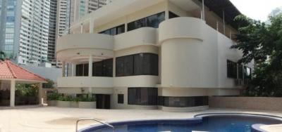 Casa en venta o alquiler en Punta Paitilla