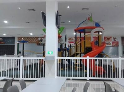 Local comercial en Crystal Plaza Mall