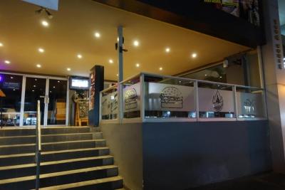 Excelente oportunidad, vendo Restaurant Grill en Bellavista 18-2402**GG**