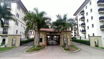 Alquilo Bello Apartamento en PH Embassy Village, Clayton 18-2218**GG**