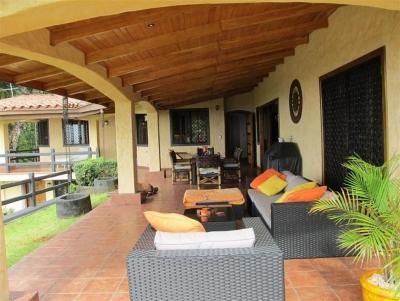 Casa en Villa Florencia en Cerro Azul