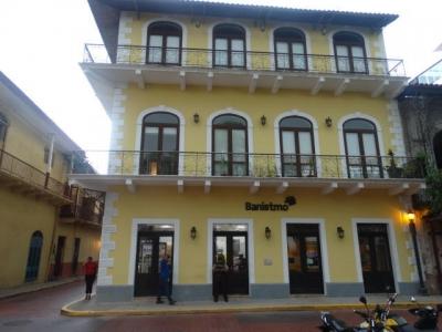 Alquilo Apartamento Amoblado en PH Casa Luis, Casco Antiguo 18-4268**GG**