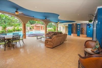 18-6150 AF En venta increíble casa en Amador