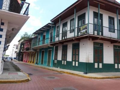 18-7350 AF Se vende edificio en Casco Antiguo