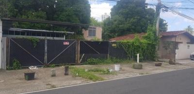 venta de terreno residencial  en Parque Lefevre 18-8190 lh