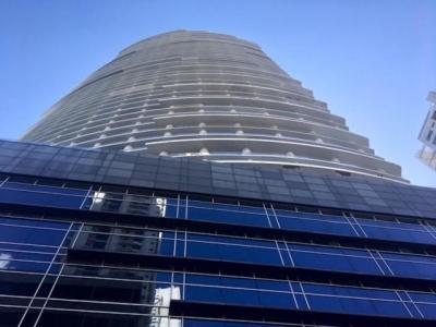 alquiler maravilloso apartamento en avenida balboa 18-7710