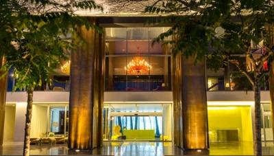 alquiler de lujoso apartamento en avenida balboa 18-8158 lh