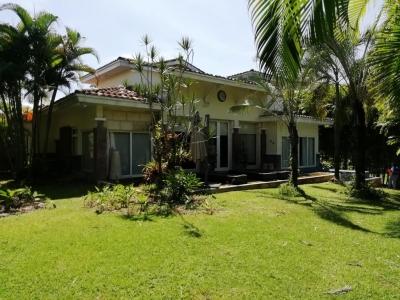 18-7275 AF A la venta hermosa casa en Howard