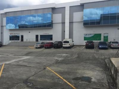 18-6416 AF Se vende amplia ofibodega en Altos de Panamá