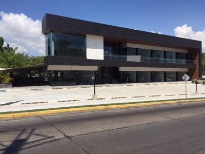 Local comercial en Santa Elena Strip