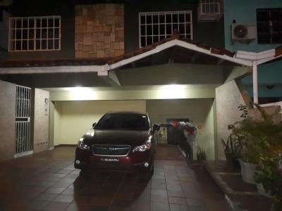 Alquiler de Casa en Altos de Panamá 18-8793 (YG)