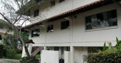 Venta de Casa en Albrook 18-6266 (YG)