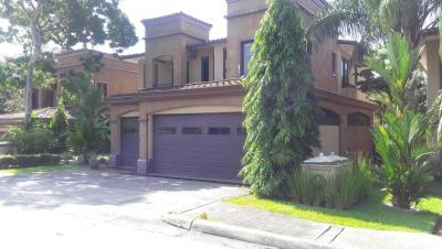 Alquiler de Casa en Clayton 19-1013 (YG)