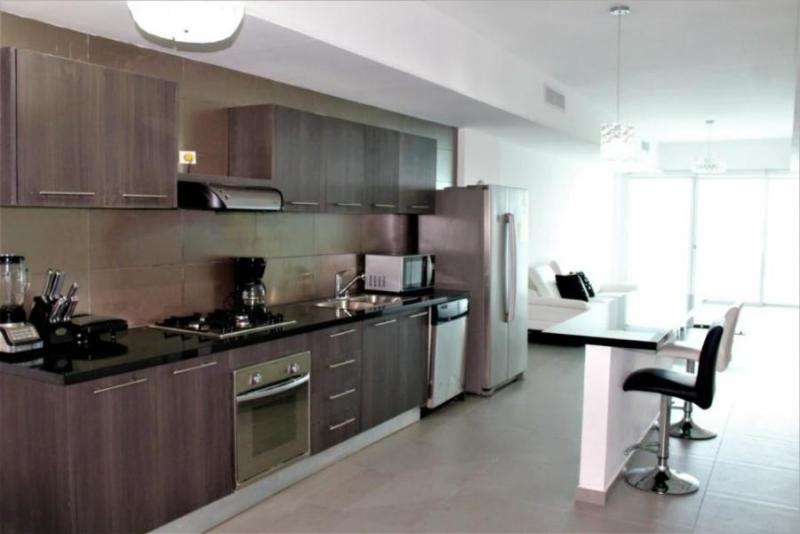 Vendo Apartamento Amoblado en PH Yacht Club, Av. Balboa 19-2868**GG**