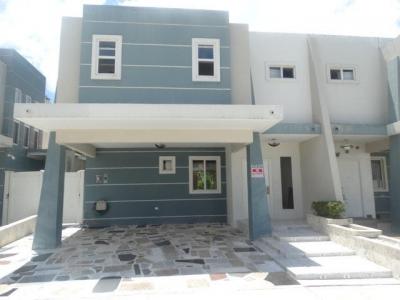 Vendo Casa #19-1253 **HH** en Brisas Del Golf