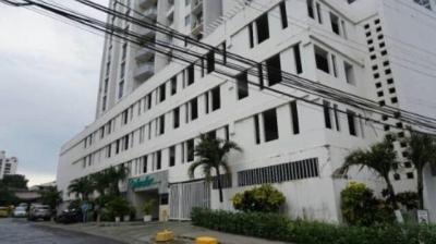 Vendo Apartamento #18-8599 **HH** en Carrasquilla
