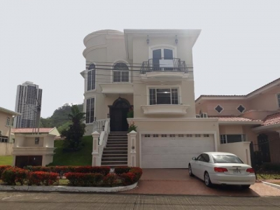 Alquilo Casa Exclusiva en Altos de Panamá 19-103**GG**