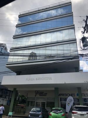 Plaza Ejecutiva alquilo oficina