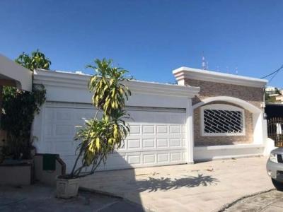 Vendo Casa Amoblada en Vista Magna, Altos de Panamá 19-6254**GG**