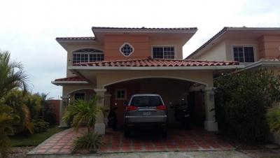 Vendo Casa Exclusiva en PH Villa Valencia, Costa Sur 19-1250**GG**