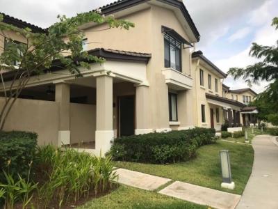 Vendo Casa Espaciosa en PH River Valley, Panamá Pacífico 18-7527**GG**
