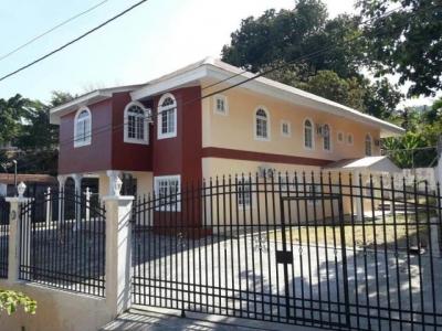 Vendo Casa Espectacular en Villas del Lago, Las Cumbres 19-3203**GG**