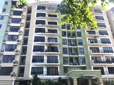 Alquilo Apartamento Amoblado en PH Amador Heights 19-572**GG**