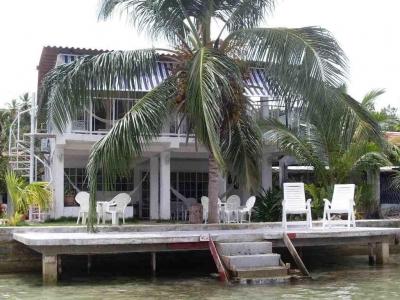 Se vende casa en Garote  #18-7855 **HH**