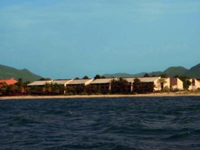 Alquilo Apartamento Amoblado Frente Playa. Doarl Beach. Puerto La Cruz.