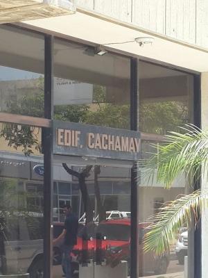 En Venta Local Comercial CC Cachamay