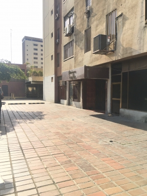 Apartamento en Edificio 5 de Julio