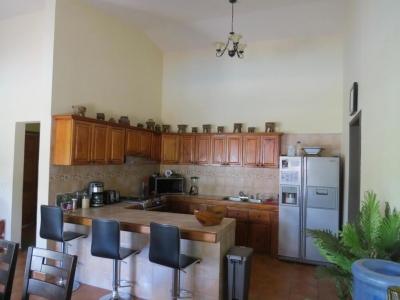 Se vende casa  en maría chiquita  # 18-7689 **HH**