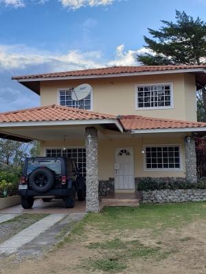 Casa de 3 habitaciones para alquilar