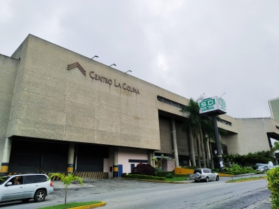Alquilo Local Comercial de 22,5 M2 - Centro La Colina