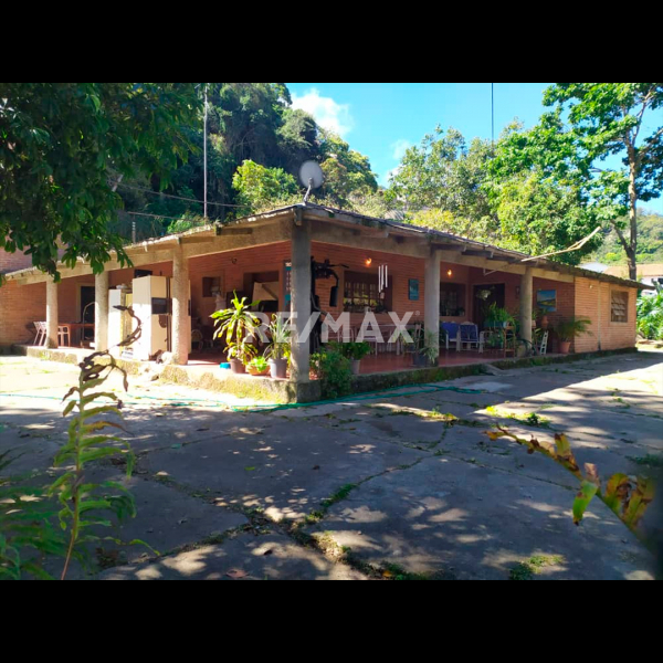 San Antonio de Los Altos - Casas o TownHouses