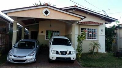 Alquilo linda casa en Residencial Vista Mar La Chorrera #18-1041**GG**