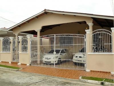 Ver Bien Mantenida Casa con 4 Recamaras y amplia Terraza