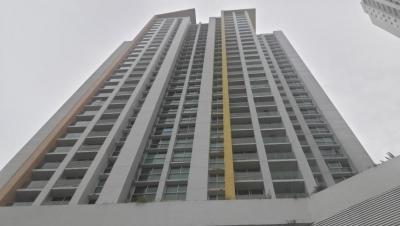 Vendo Apartamento de lujo en PH Kings Park, Condado del Rey #18-663**GG**