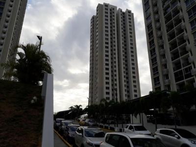 Alquilo apartamento amueblado en PH Rokas, Condado del Rey #18-3302**GG**