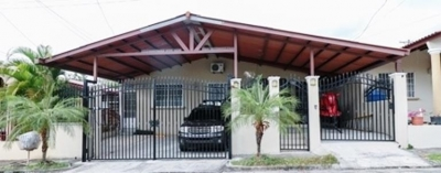 Amplia Casa Ubicada En Terraza De Brisas Del Golf MB Id.13373