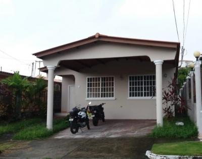 casa venta en brisas del golf 18-4991 YG