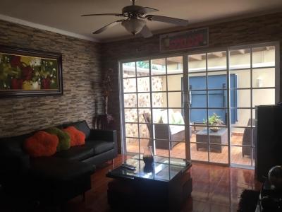 Venta de casa Residencial Villa Saita