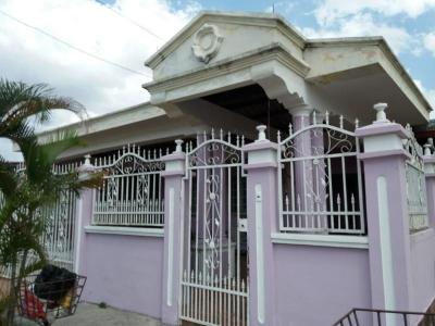 Vendo Casa Espaciosa en Altos de la Castellana, El Crisol 19-2634**GG**
