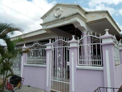 Vendo casa #19-2634 **HH** en El Crisol