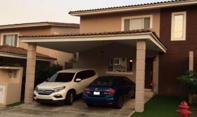 Vendo Casa Exclusiva en Villa Tiber, Brisas del Golf 18-6101**GG**