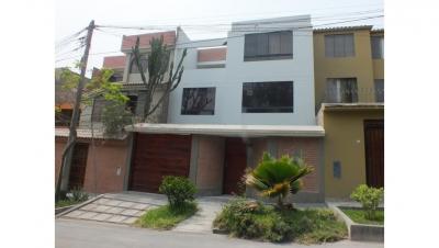 Venta de Casa en La Molina- 00503